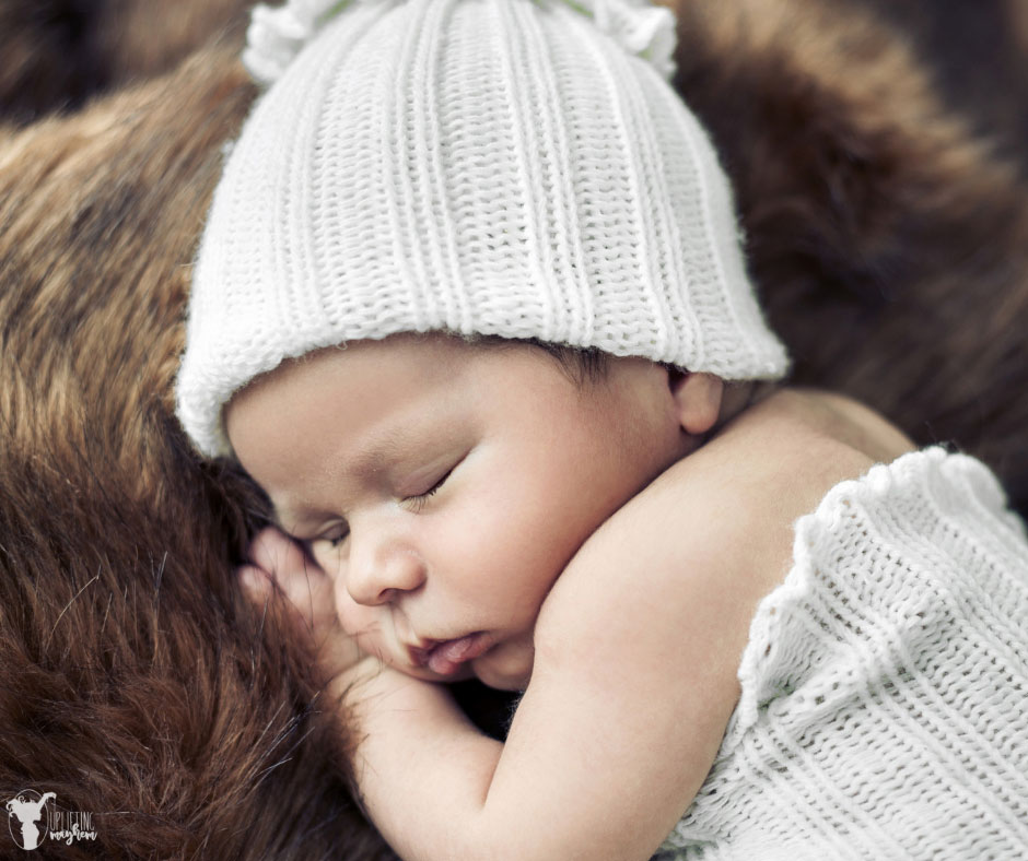 Having a baby this winter? Here are great ways to keep your baby healthy during the winter. Baby care during the winter