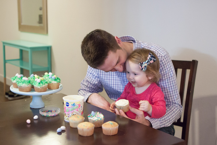 Easter Cupcakes with dad