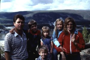 family, yellowstone, geysers