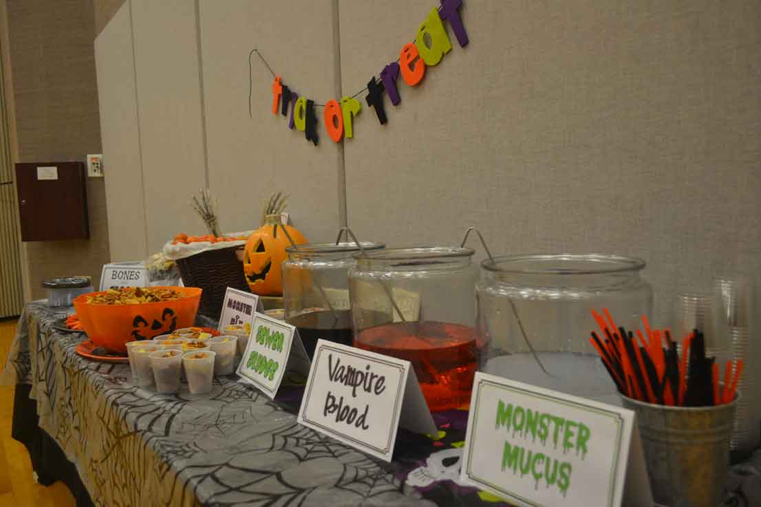 drinks, Halloween party food
