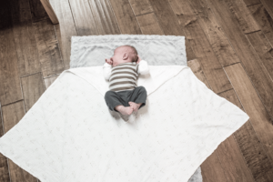 Do you swaddle your baby? If not, learn here how to and why you should!